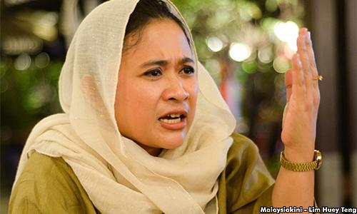Anina Saadudin was formerly the  Langkawi Wanita UMNO leader