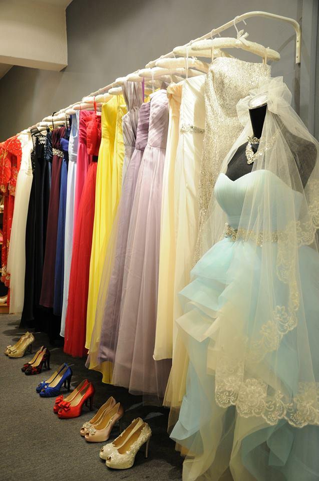 4 Places To Rent Gorgeous Evening Dresses For Your Next Black-Tie Event