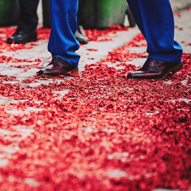 Firecrackers are let off upon the groom's arrival.