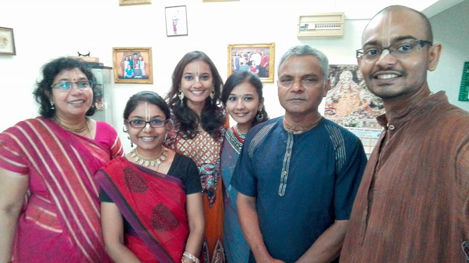 A photo of Surintan, his parents and his three younger sister on Deepavali 2015