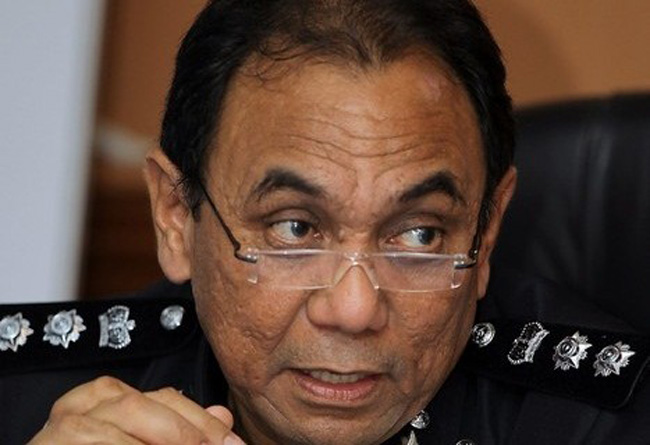 Kuching police district chief, ACP Roslan Bek Ahmad