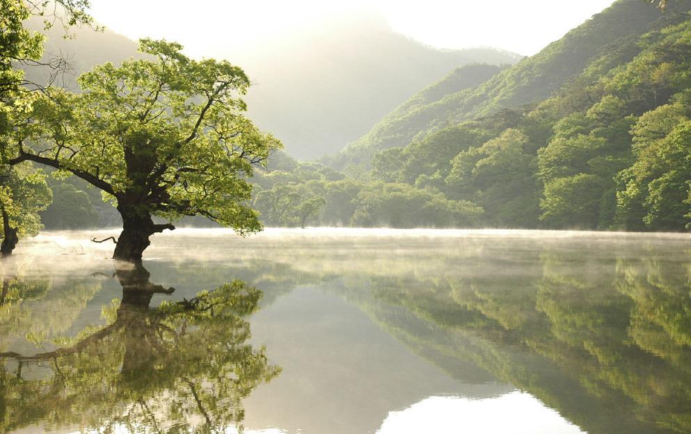 Jusanji Lake, in Mt. Juwangsan National Park.