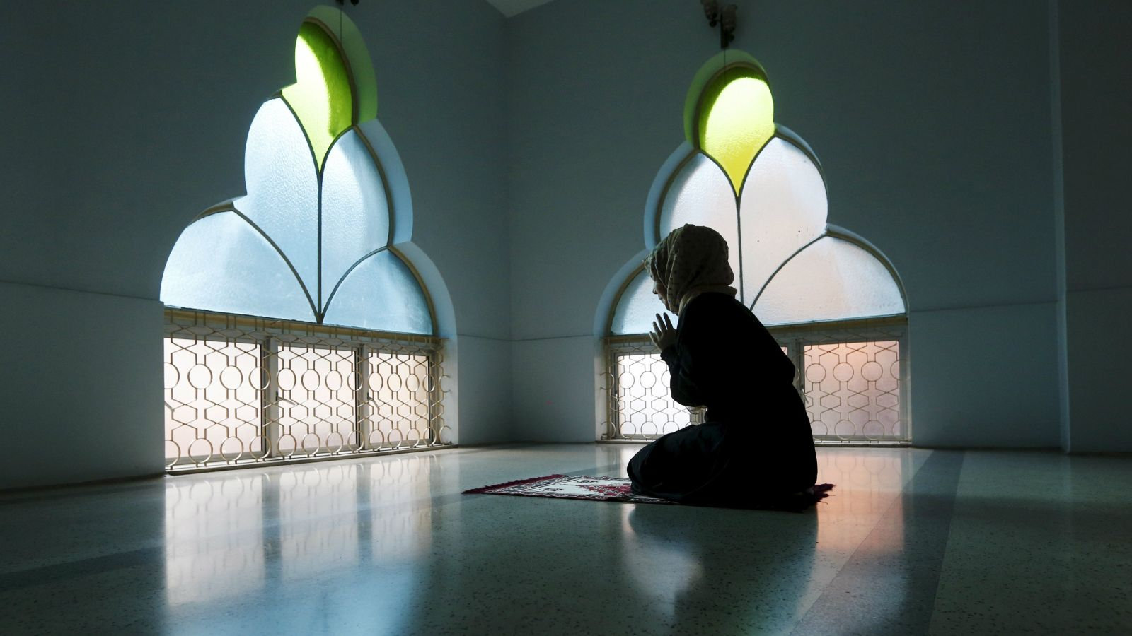 The mosque will only have female imams.