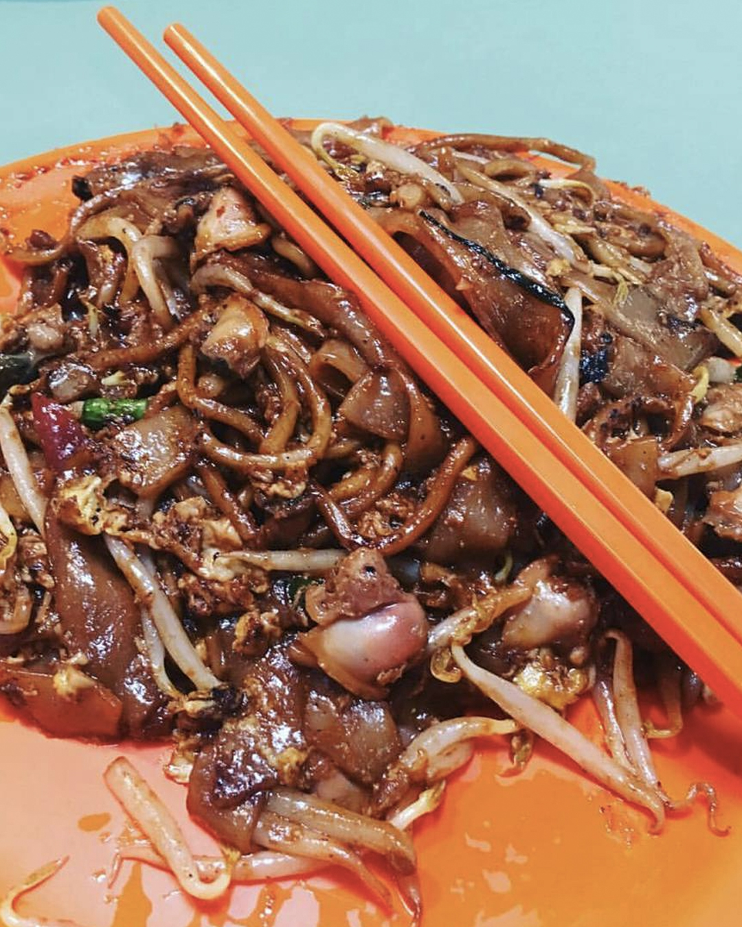 Char kway teow at Hill Street Fried Kway Teow, Singapore.