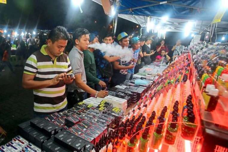 Vape products sold in night markets