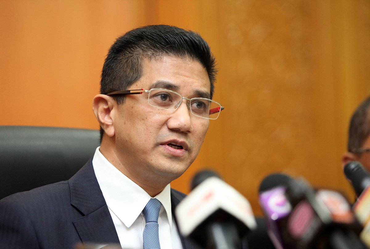 """Eddy Casmady called on Selangor MB Azmin Ali to """"maintain the dignity of Islam""""."""