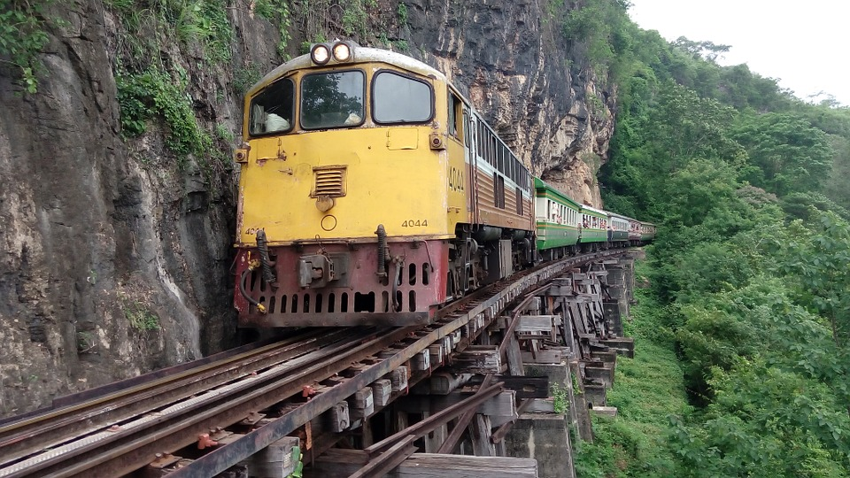 Thamkrasae Bridge di Death Railway. Yang ni sangat awesome!