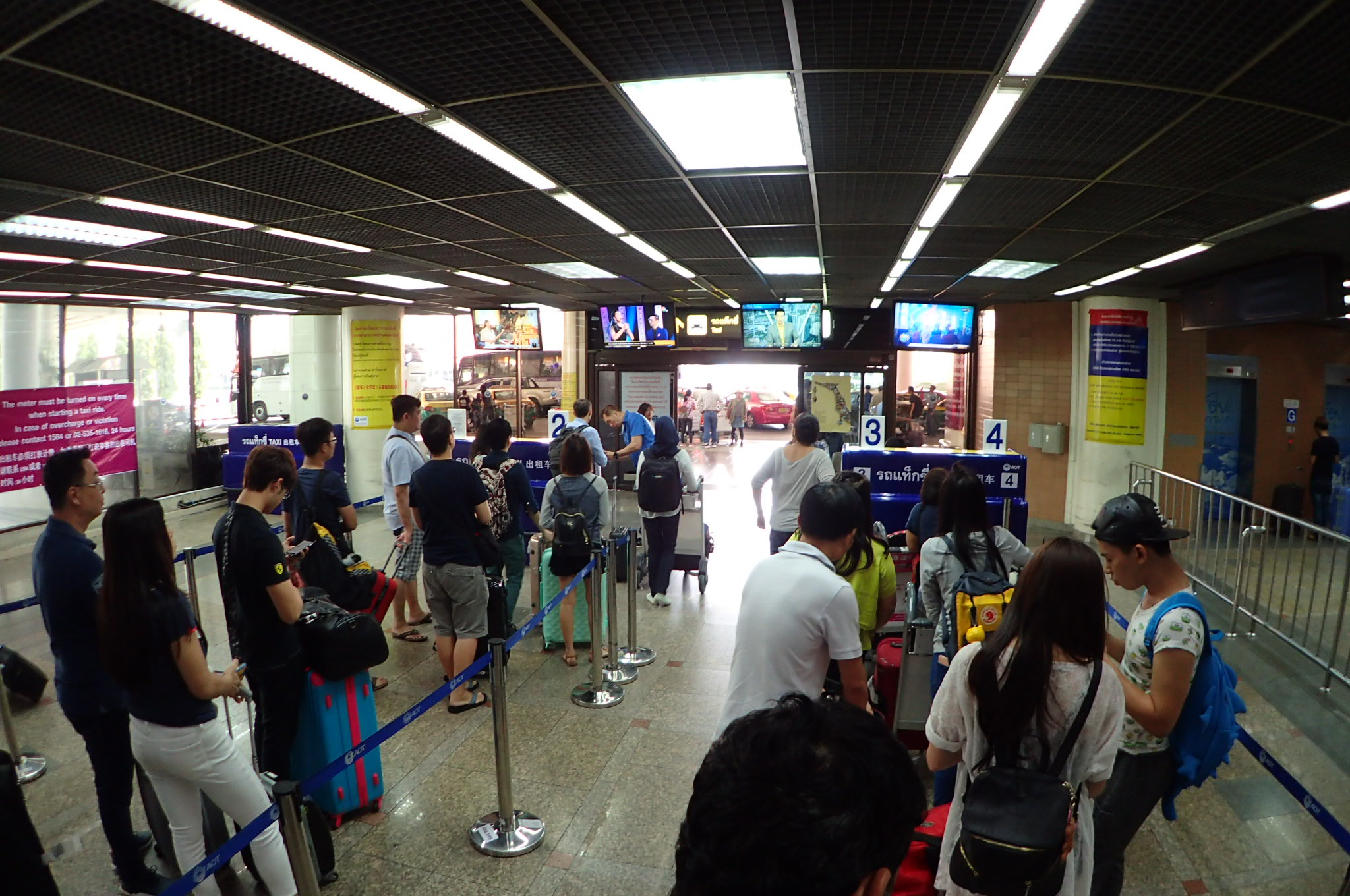 Kaunter teksi di Don Mueang Airport.