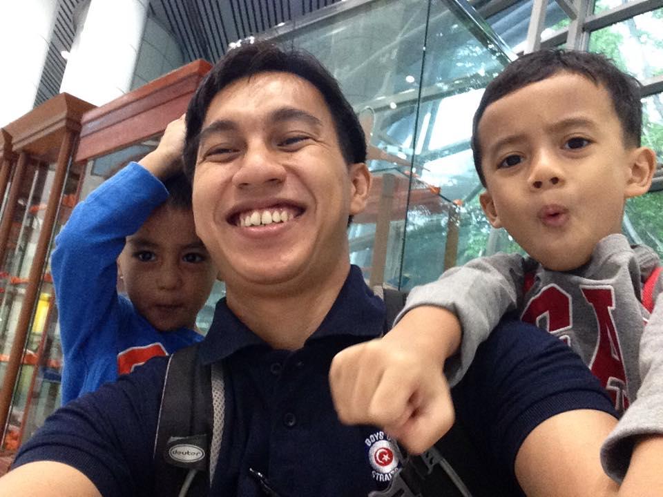 Netizen Kagum Dengan Ayah Ini Dengan Mudahnya Mendisiplinkan Anaknya Berumur 5 Tahun Menabung Sendiri