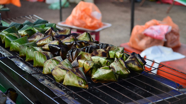 *Sata Selayang* is fish paste wrapped in banana leaf and grilled.