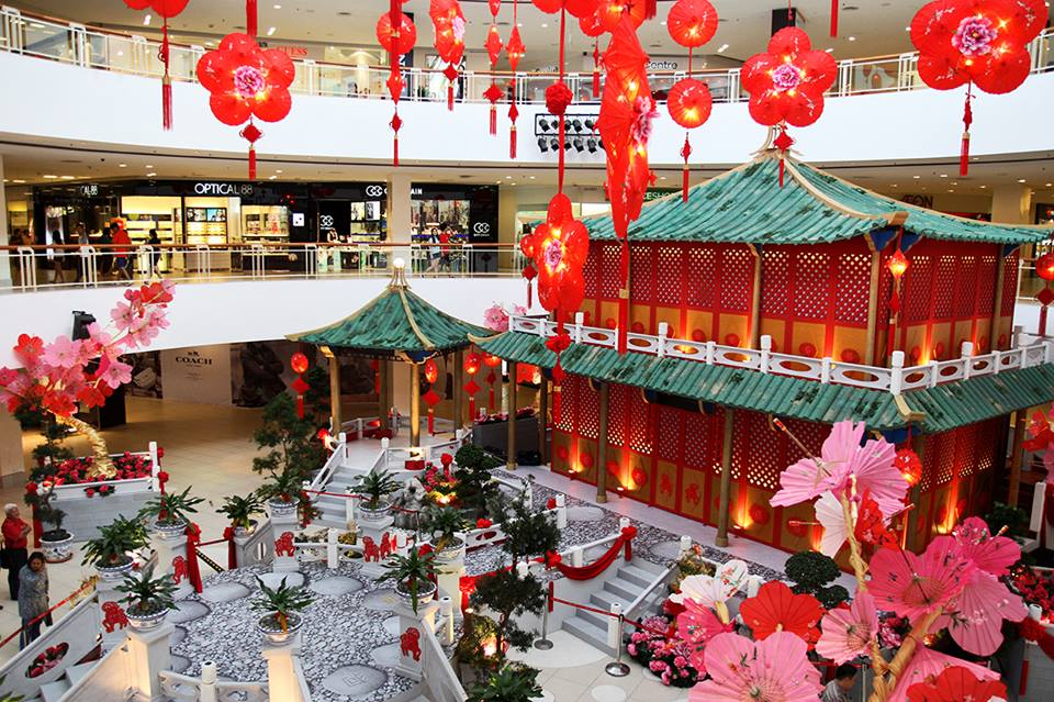 People Are Calling This Mall 'Racist' For Not Putting Up ...