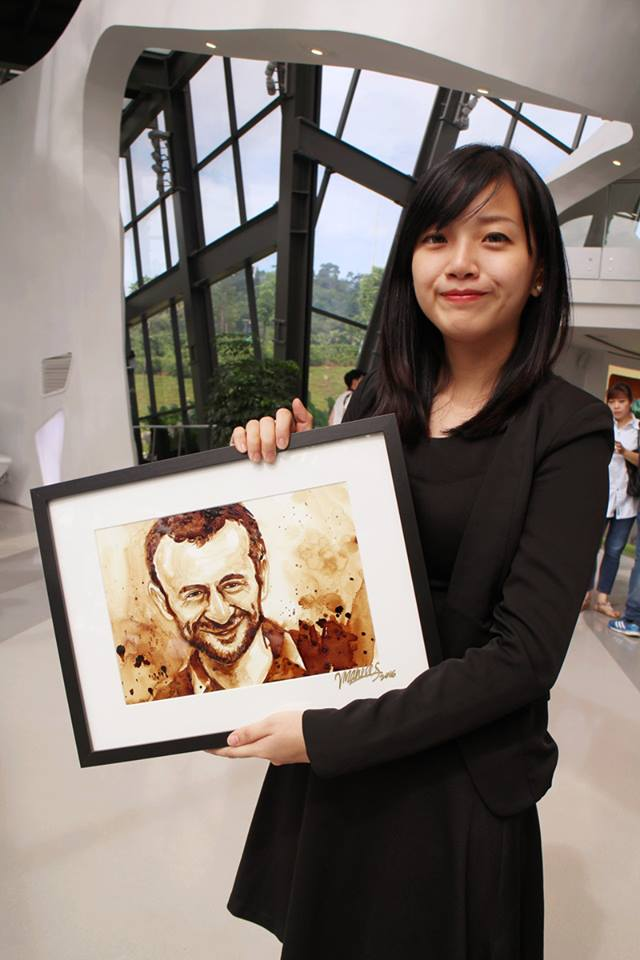 Vivian Lee with one of her many caricatures