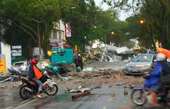 Storm At Penang Island: [VIDEO/PICS] Storm In Penang: Missing Hawker Laid To Rest