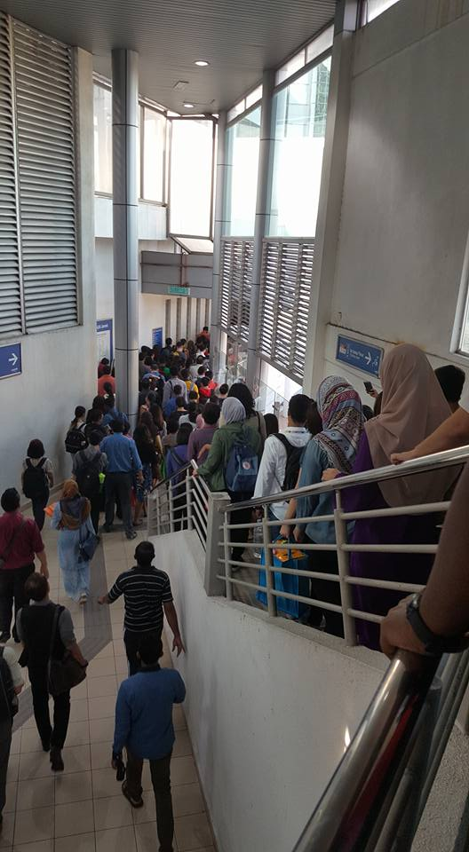 Masjid Jamek LRT on Monday, 18 July