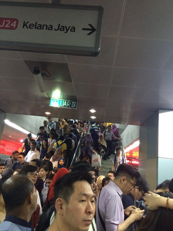 KLCC LRT on Wednesday, 13 July at about 6:30pm