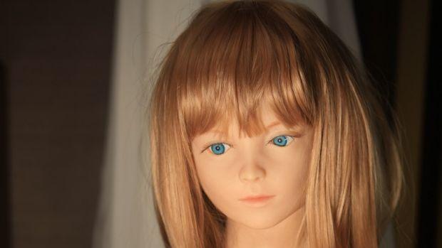 One of the many dolls created by Shin Takagi.