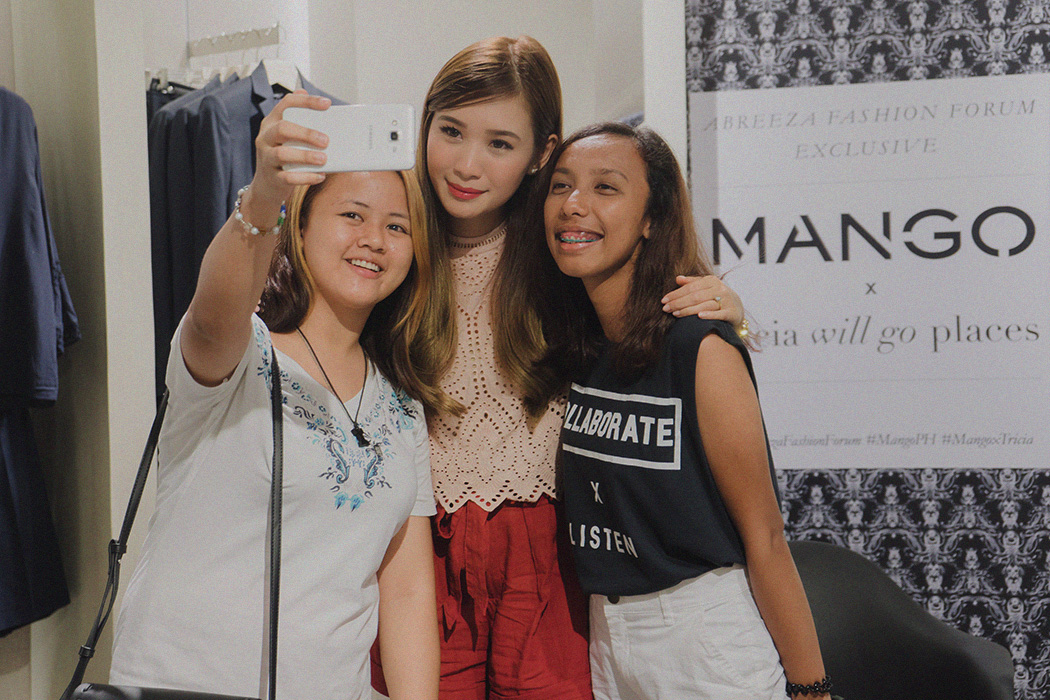 Tricia with her followers at a Meet & Greet in Davao City