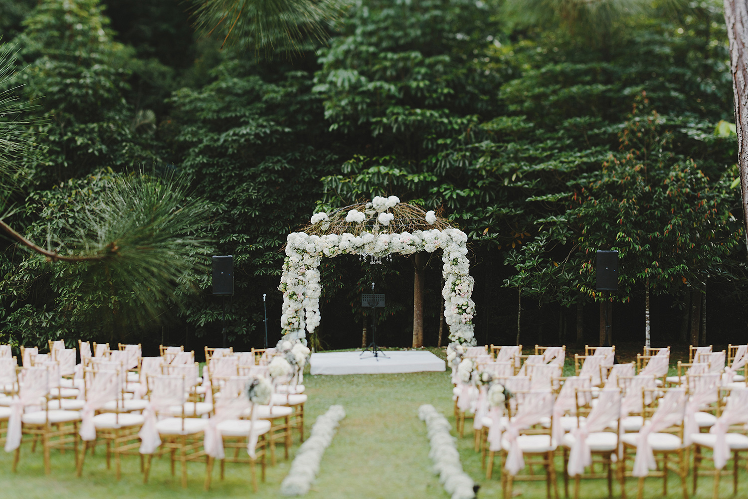 21 beautiful outdoor venues in malaysia for the ultimate dream wedding image via jonathan ong junglespirit Choice Image
