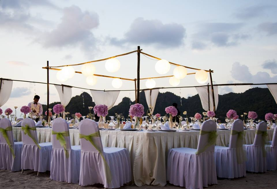21 beautiful outdoor venues in malaysia for the ultimate dream wedding image via official pages tanjung rhu resort luxury resort langkawi malaysia junglespirit Image collections