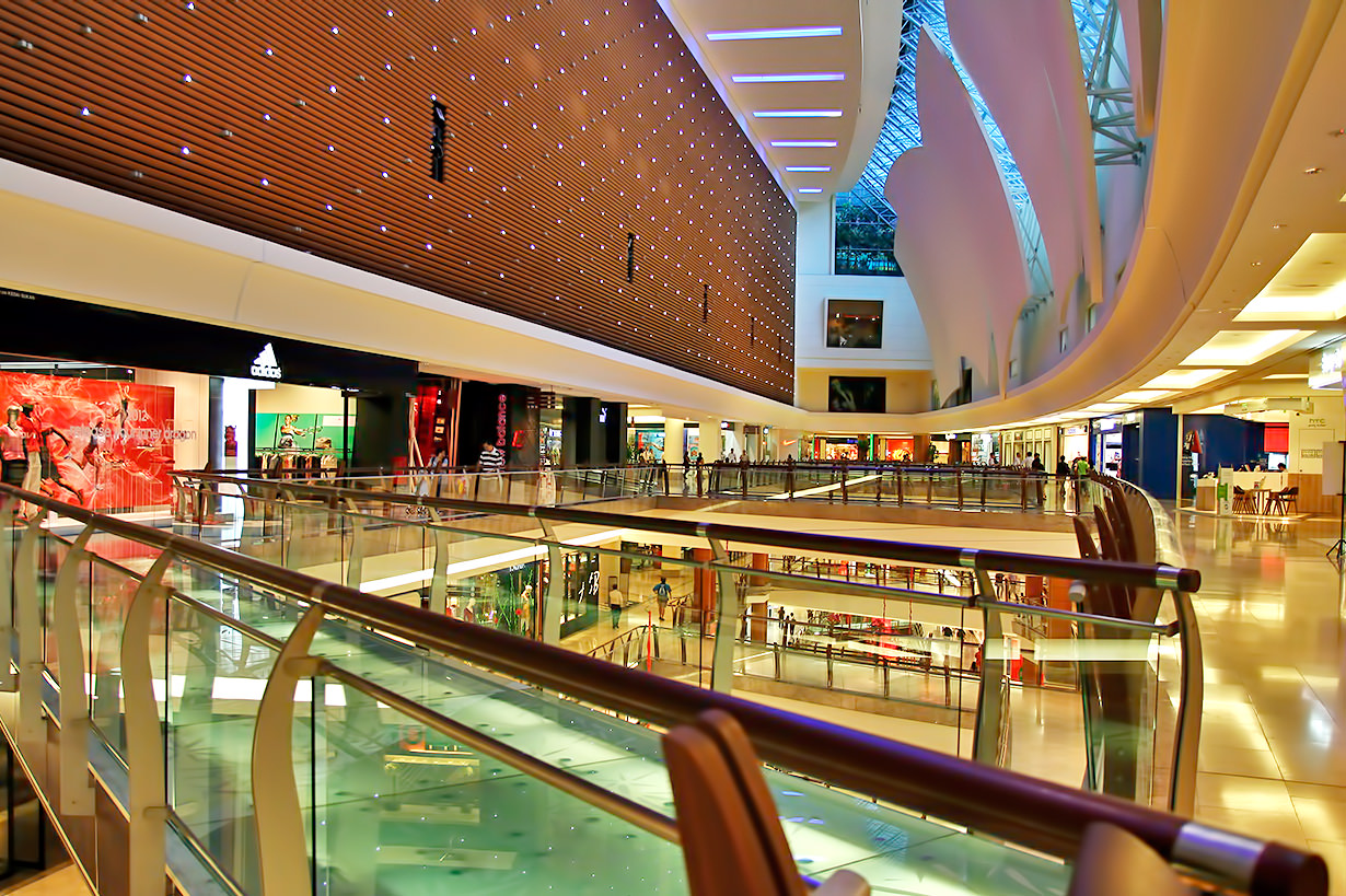 the shopping mall as consumer habitat These mall shopping motivations differed by ethnicity and gender  the shopping mall as consumer habitat journal of retailing, 70(1), 23-42.