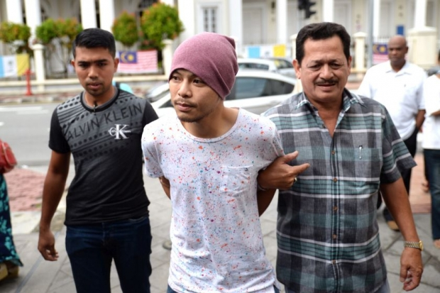Namewee was arrested the moment he arrived at the Kuala Lumpur International Airport (KLIA) on 21 August and was brought to Penang.