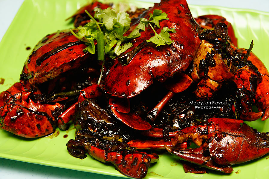 Stir-fried grilled crabs