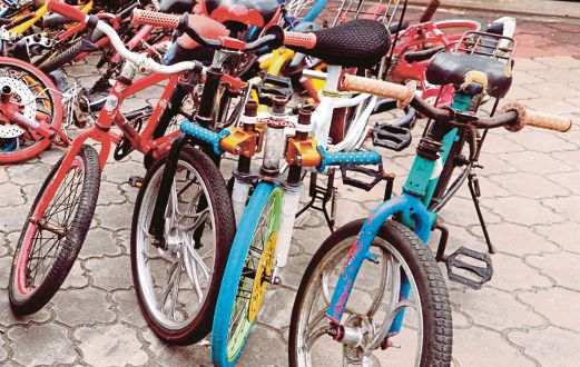 """Modified bikes that """"joyriding"""" cycling groups usually use."""