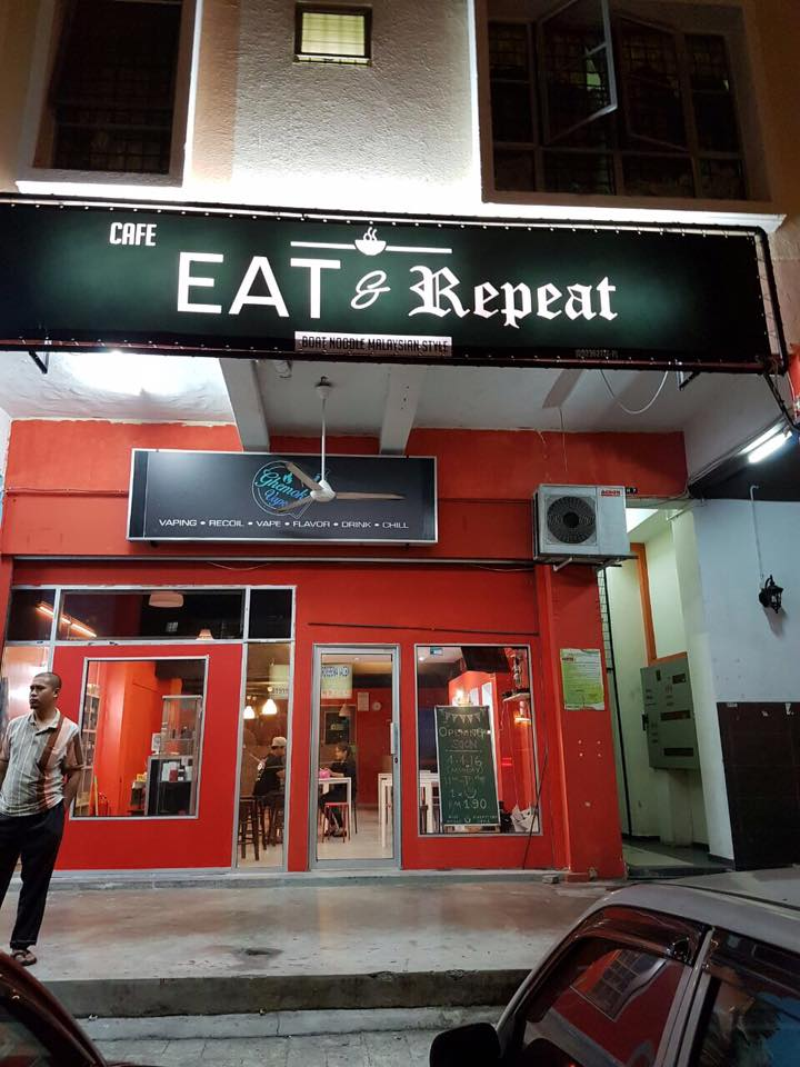 Image from Eat & Repeat Cafe Shah Alam/Facebook