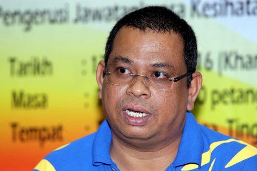 Exco Kesihatan, Alam Sekitar, Pendidikan dan Penerangan Johor, Datuk Ayub Rahmat.