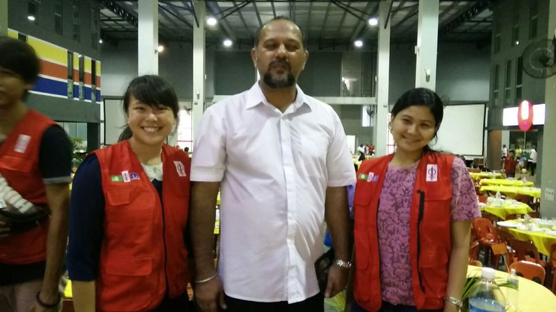 Photo taken at a fundraising event, with Gobind Singh Deo, Member of Parliament for Puchong, Selangor (middle), and Abigail, another intern for YB Hannah Yeoh (right)