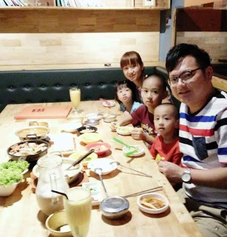 Ong Sook Yee with her family.