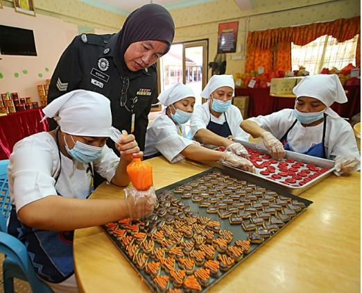 Image from Utusan Malaysia.