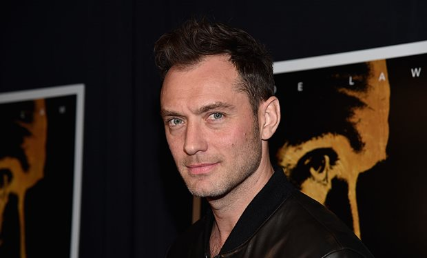 Jude Law is Albus Dumbledore in the 'Fantastic Beasts' sequel.