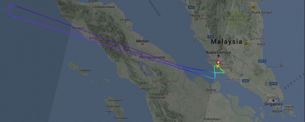 The flight path of AirAsia AK0037 as tracked by Flightradar24.