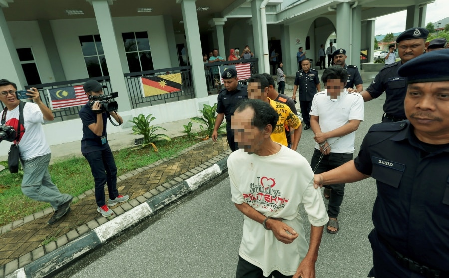 The perpetrators at the Sessions Court in Kota Samarahan on 25 August.