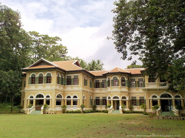 Phra Pitak Chinpracha Mansion, now houses Blue Elephant Restaurant and a cookery school.