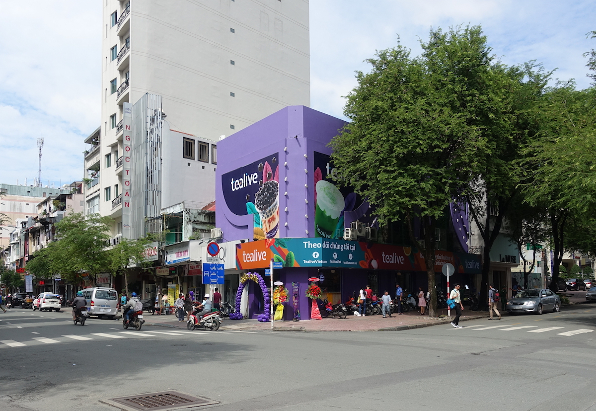 Tealive's latest outlet in Ho Chi Minh.