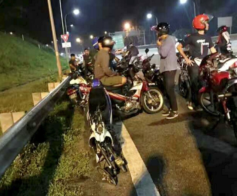 22-Year-Old Rider Dies After Colliding With Another Motorcyclist In