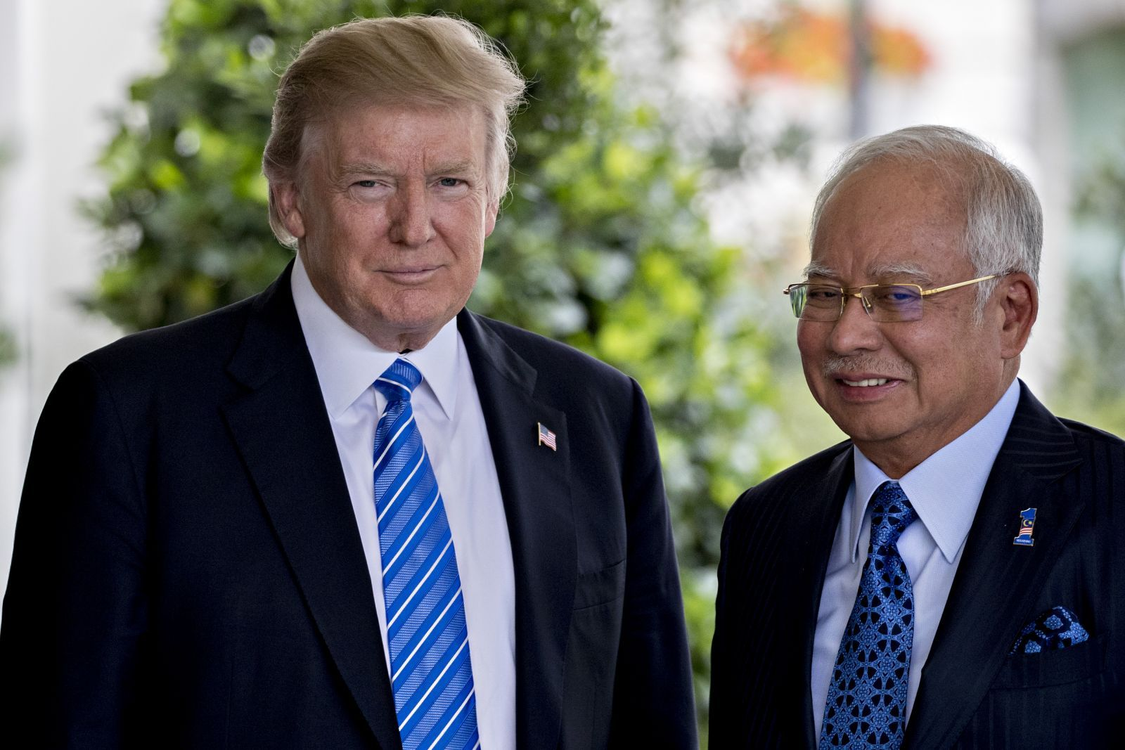 Donald Trump welcoming PM Najib at the White House in September.