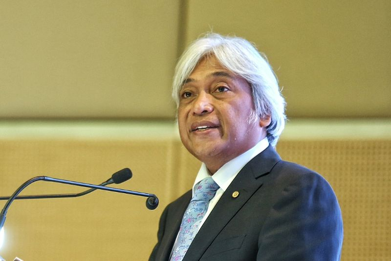BNM Governor Tan Sri Muhammad Ibrahim.