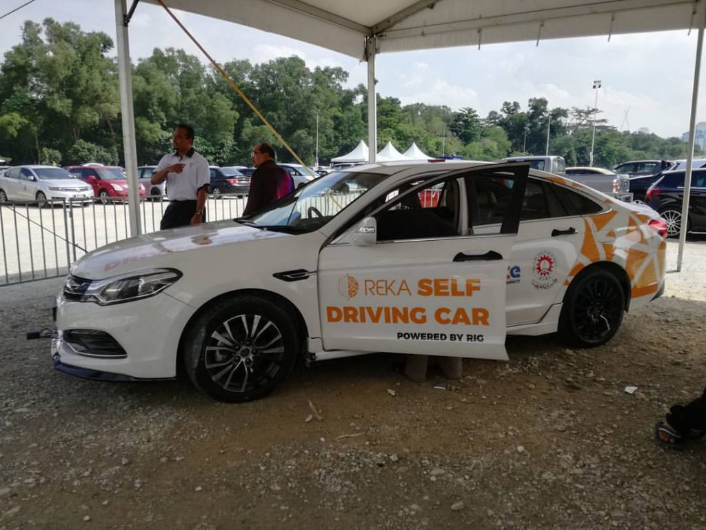 M\'sians Who Made Their Own \'Tesla\' Want Local Opportunities Despite ...