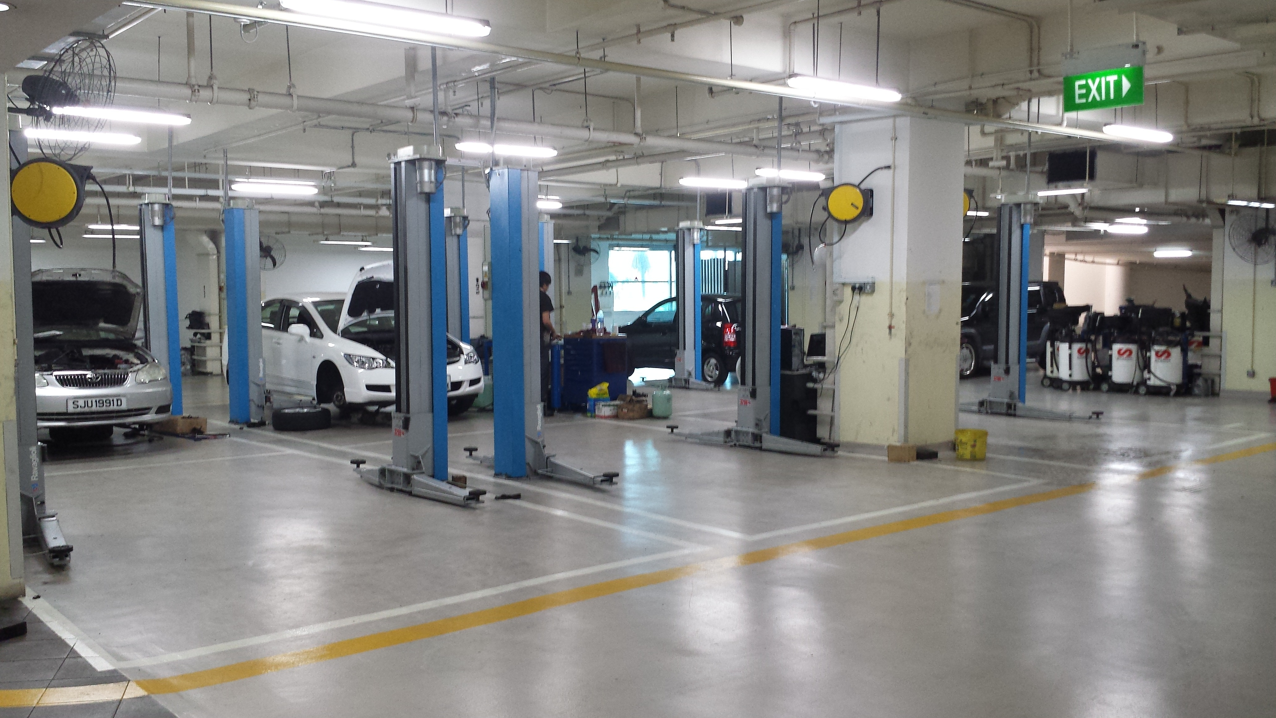 Singaporeans Can Soon Service Their Cars At Independent