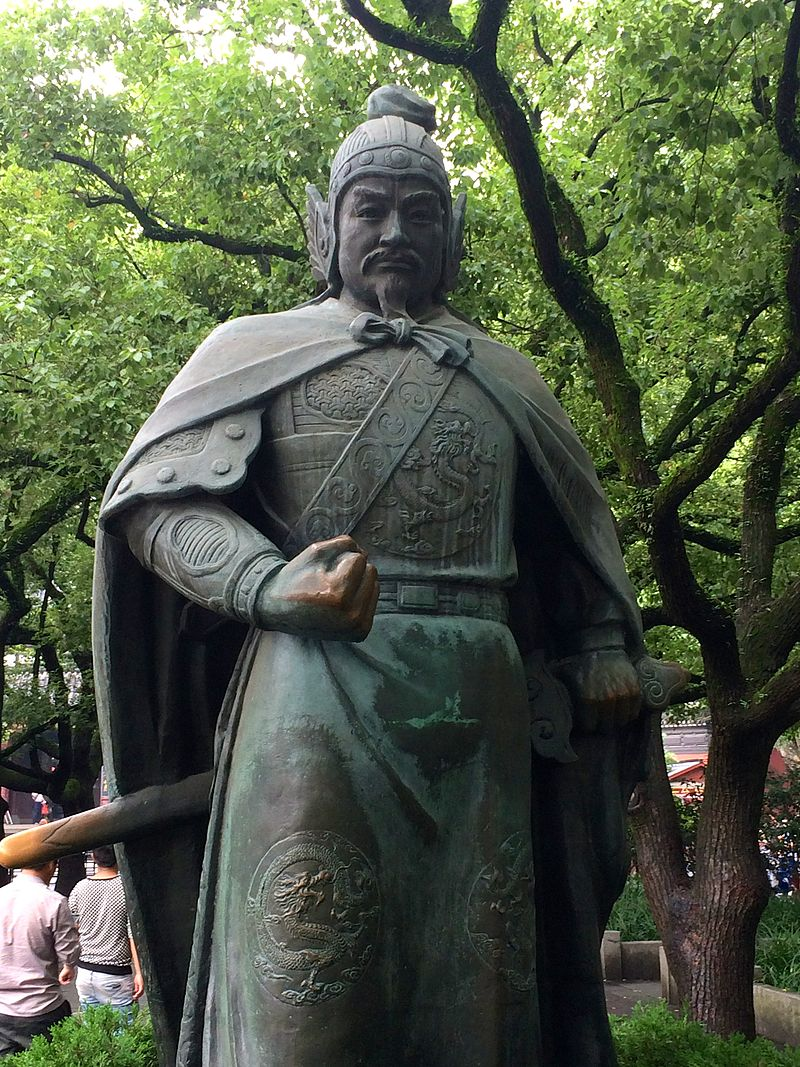 Yue Fei's statue outside the Yue Fei Temple in Hangzhou.