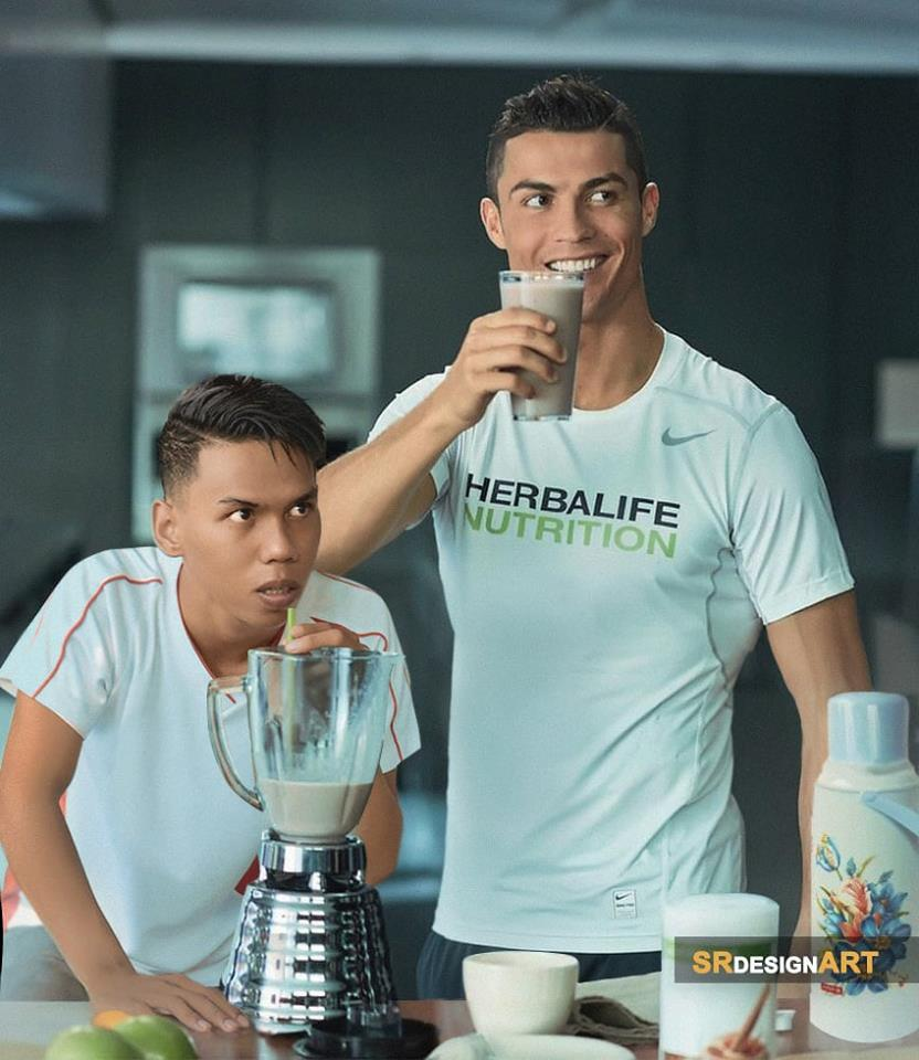 Here he is enjoying a nice protein shake from a blender with footballer Cristiano Ronaldo.