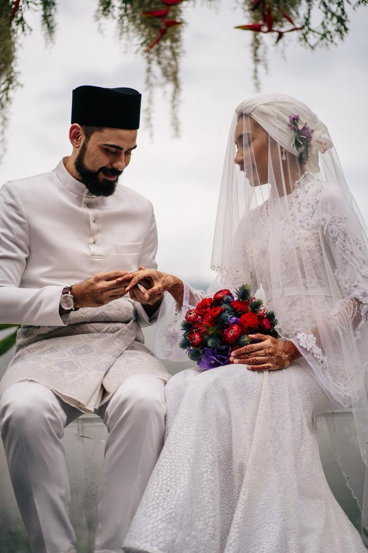 Photos Yuna And Adam Sinclair Get Hitched In Pahang
