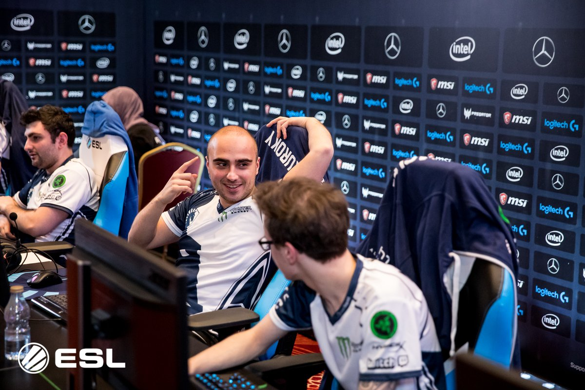 Team Liquid in a joyful mood