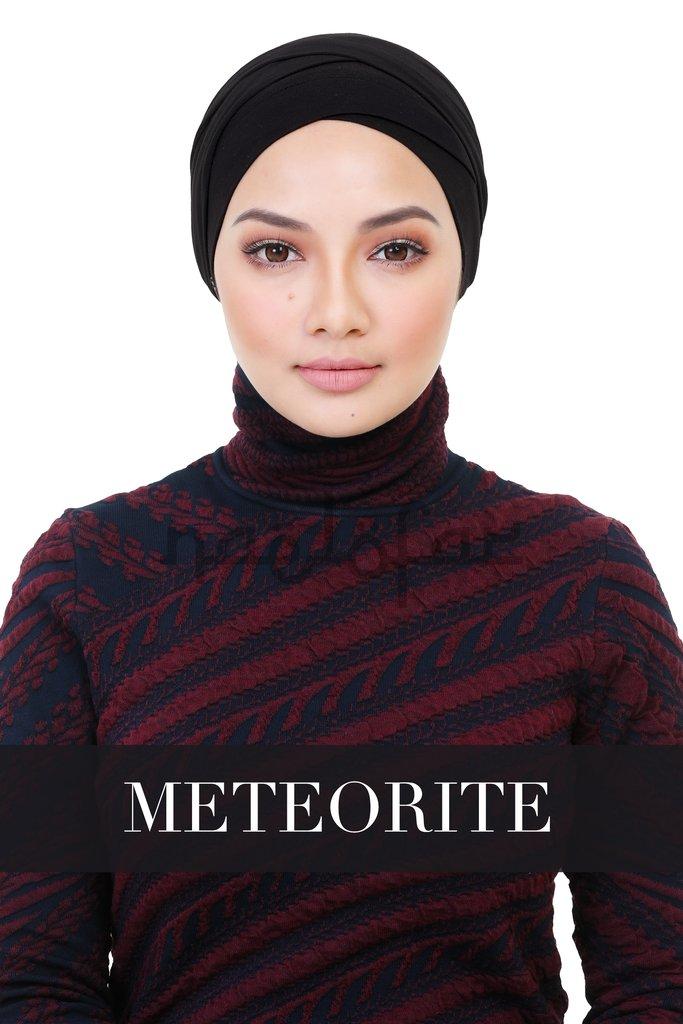Image from Naelofar Hijab