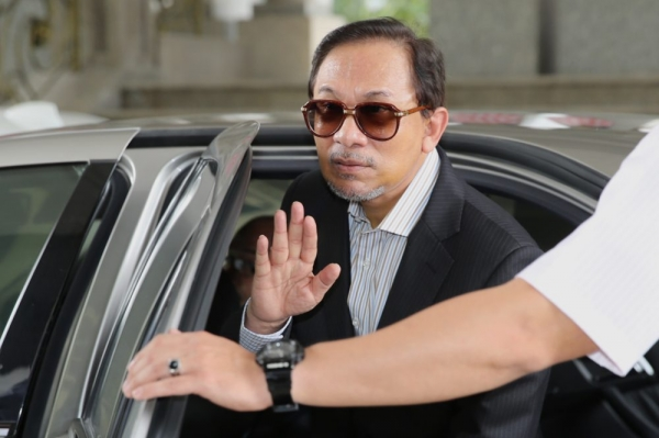 Anwar denied all knowledge, saying he had been kept out of the loop entirely.
