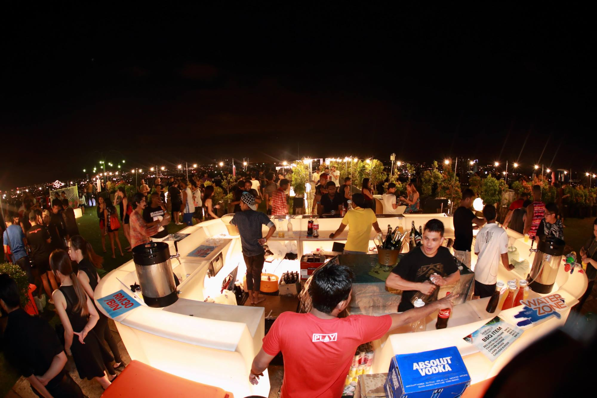 Join The Biggest Songkran Sky Party In Pj At Stratosphere
