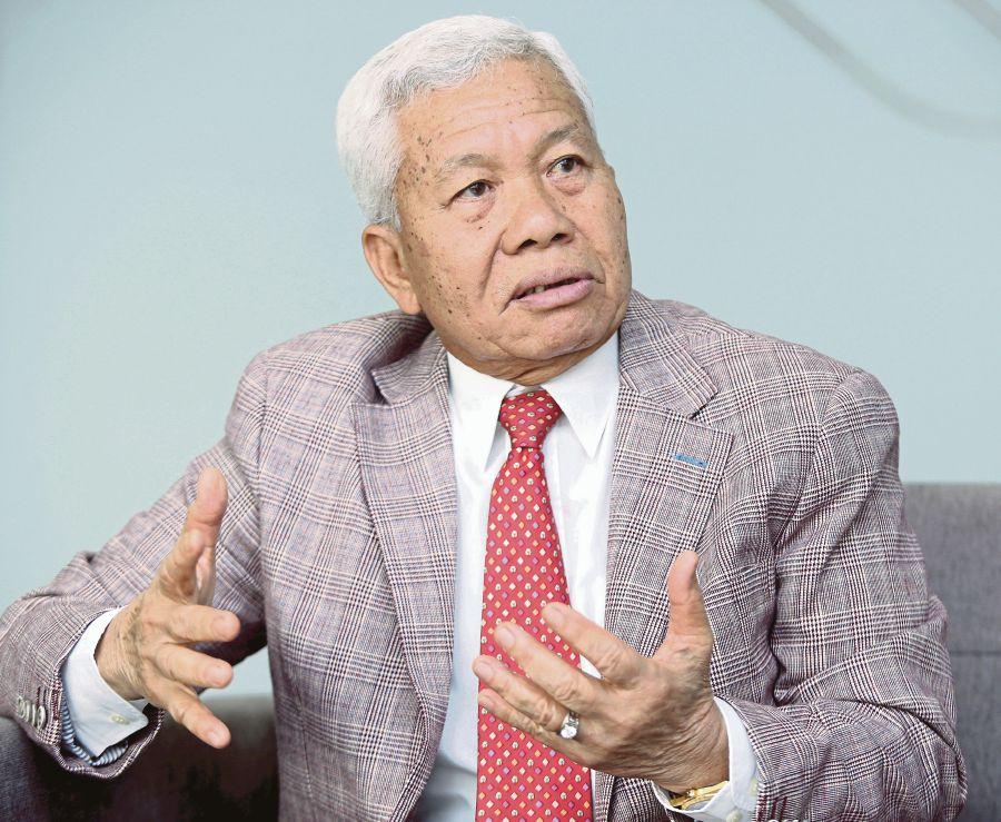 MAVCOM chief Gen. Tan Sri Abdullah Ahmad RMAF (Retd).